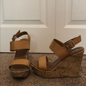 Mossimo supply wedges size 7 1/2